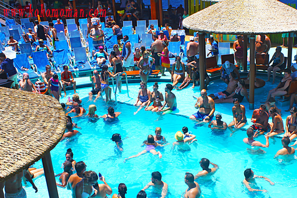 Crowded around the Lido deck main pool